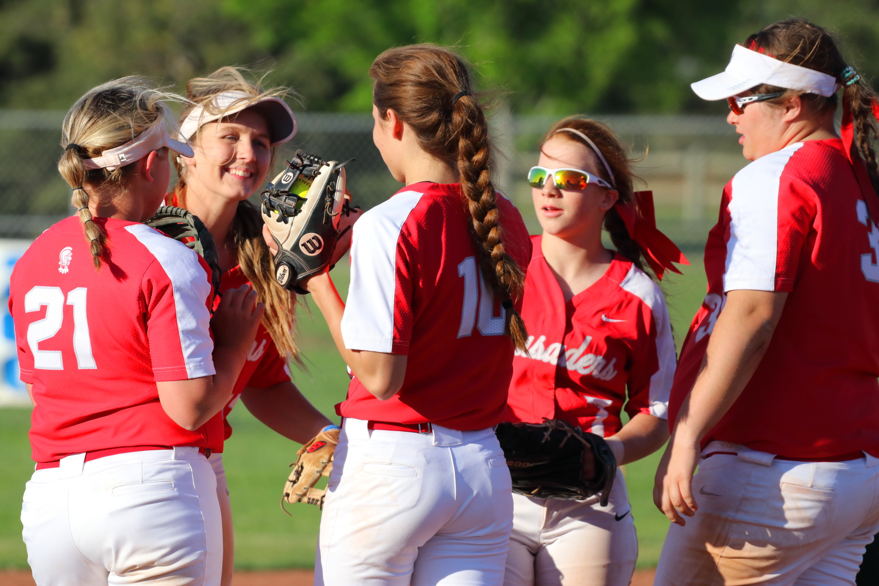 Lady Crusader Softball SWEEP