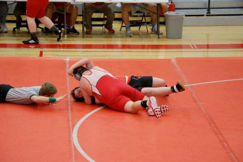 Hagan Wright makes match tieing pin